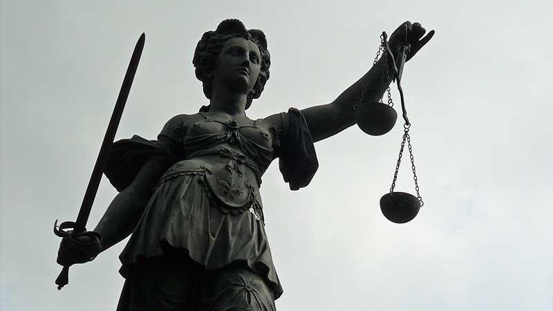 Einstweilige Verfügung gegen den Extremisten Stürzenberger