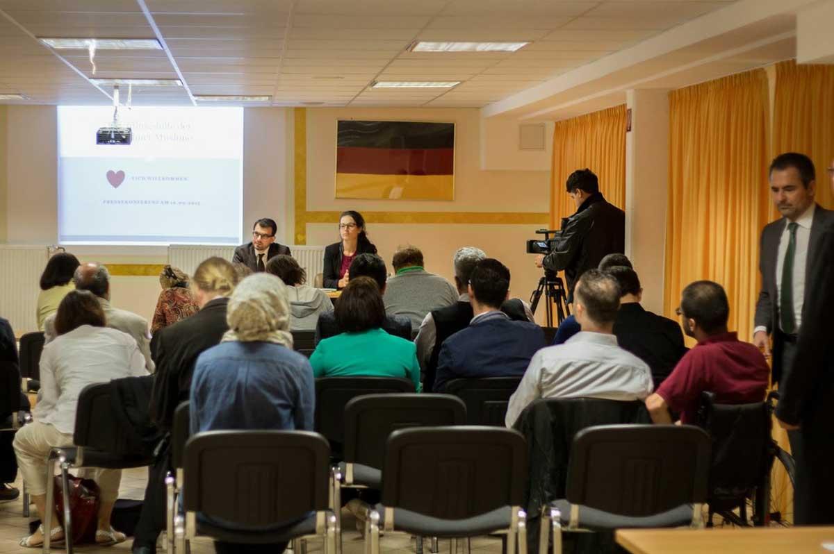 Pressekonferenz Flüchtlingshilfe-02