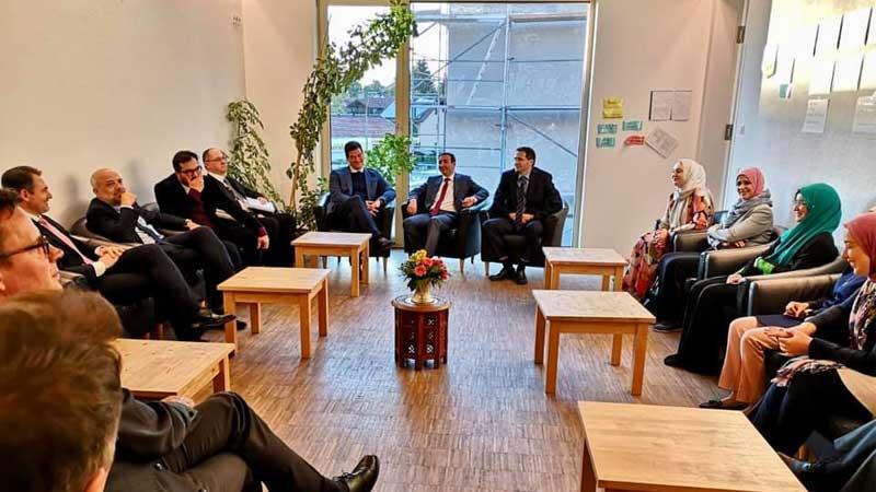 Staatssekretär Dr. Kerber besucht Penzberger Moschee